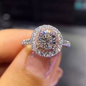 STUNNING 925 Silver ring with CZ cubic zirconia